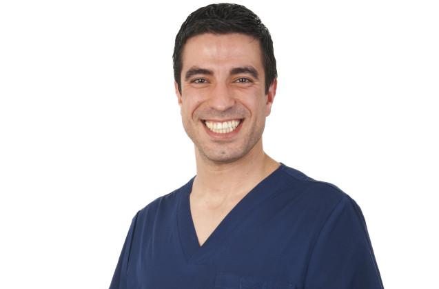 Dr. Luis Contreras Coy